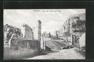 AK Dinand, Place de l'Hotel de Ville
