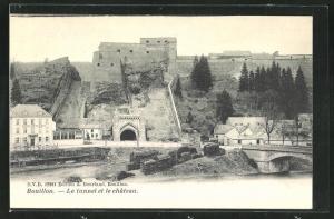AK Bouillon, le tunnel et le chateau