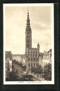 AK Danzig / Gdansk, Langer Markt mit Rathaus