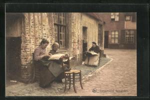 AK Dentellieres flamandes, Klöpplerinnen vor dem Haus auf der Strasse