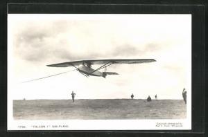 AK Sailplane Falcon I., Segelflugzeug über der Wiese