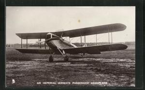 AK An Imperial Airways Passenger Aeroplane, Flugzeug auf dem Landeplatz