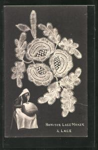 AK Honiton Lace Maker & Lace, Klöpplerin und Stickerei