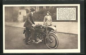 AK Schauspielerin Miss Ruby Miller und Schauspieler Mr. Basil Rathbone auf Motorrad Rudge-Whitworths