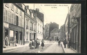 AK Aubervilliers, Rue de Pantin et la Poste