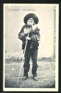 AK Lagos, Um Mendigo, alter Mann mit Poncho und Hut auf Stab gestützt