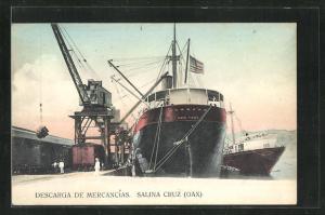 AK Salina Cruz, Descarga de Mercancias, Schiff im Hafen