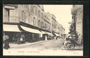 AK Dinard, La Rue Levasseur