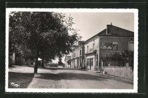 AK Champagnac-de-Belair, Le Boulevard