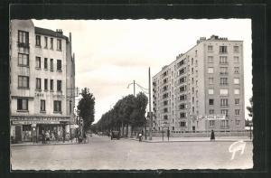 AK La Courneuve, La place du General Leclerc et l`avenue Roger Salengro