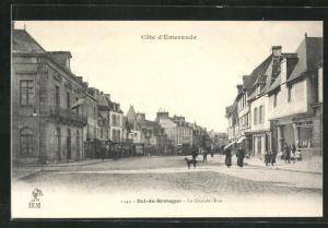 AK Dol-de-Bretagne, La Grande-Rue, Strassenpartie