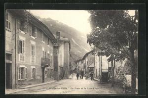 AK Modane-Ville, La Poste et la Grand`Rue