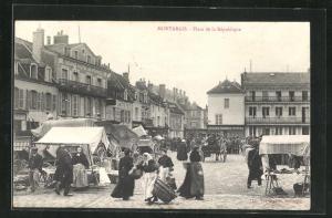 AK Montargis, Place de la Republique