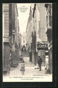 AK Saint-Malo, La Rue des Grands-Degres