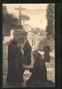 AK Cordoba, Las Ermitas, Hermano Mayor bendiciendo a un Postulante