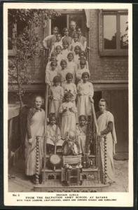 AK Satara, Indian Girls from the Salvation Army School, Heilsarmee