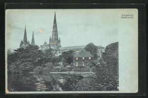 Mondschein-AK Lichfield, Cathedral, Halt gegen das Licht: beleuchtete Fenster