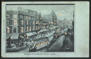 Mondschein-AK Leeds, Briggate from Duncan Street, Halt gegen das Licht