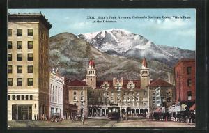 Künstler-AK Colorado Springs, CO, Pike's Peak Avenue