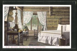 AK Yellowstone Park, WY, Hotel-Restaurant Old Faithful Inn, Bed Room
