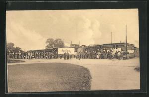AK Münster / Westf., Kriegsgefange vor dem Lager