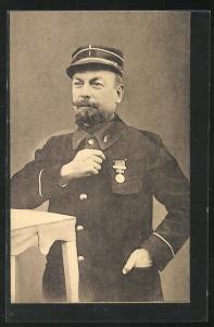 AK Münster / Westf., Kriegsgefangener französischer Offizier in Uniform