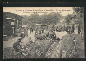 AK Köln-Wahn, Franzosen im deutschen Gefangenenlager bei dem Mittagsmahl 1914