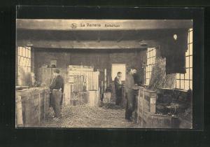 AK La Verrerie, Emballage, Glasarbeiter beim Verpacken