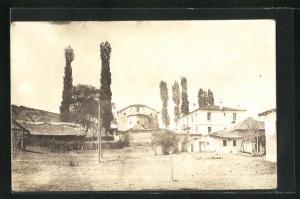 AK Resna, Ortspartie mit Häusern