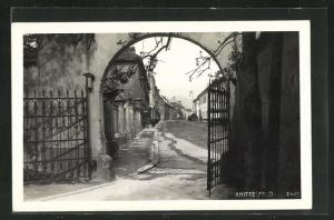 AK Knittelfeld, Blick durch das Tor in den Ort
