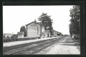 AK Mignéres, La Gare, Bahnhof