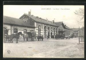 AK Montargis, La Gare, Bahnhof