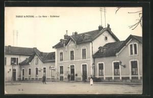 AK Paray-le-Mcnial, La Gare, Bahnhof