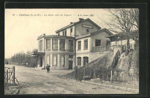 AK Chelles, La Gare cote du Depart, Bahnhof