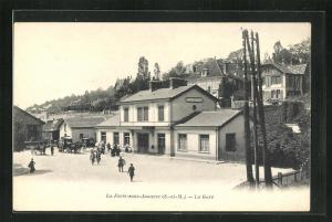 AK La Ferte-sous-Jouarre, La Gare, Bahnhof