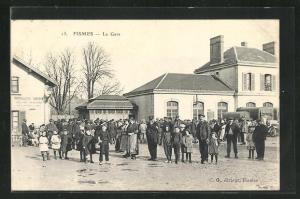AK Fismes, La Gare mit Anwohnern