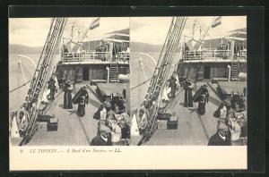 Stereo-AK Tonkin, A bord d`un Navire
