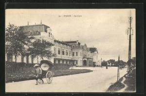AK Hanoi, La Gare, Strassenpartie am Bahnhof