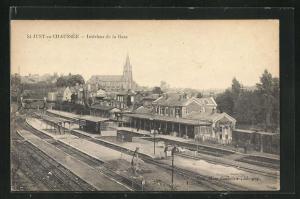 AK St-Just-en-Chaussée, Intérieur de la Gare, Bahnhof aus der Vogelschau