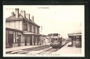 AK Pont-l`Eveque, La Gare, Arrivée de la Micheline