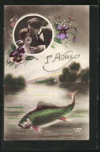 AK Grüner Fisch im See, Verliebtes Paar im Passepartout-Rahmen, Grüsse zum 1. April