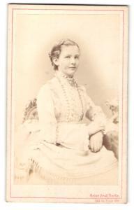 Fotografie Heinr. Graf, Berlin, Portrait Prinzessin Elisabeth Anna von Preussen