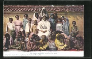 AK Kachwa, The girl`s school, Indische Mädchenschule