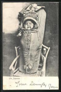 AK Ute Papoose, Kind in einer Rückentrage