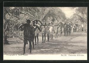 AK Congo, Caravane d`Ivoire, Afrikaner tragen