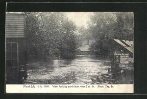 AK Sioux City, IA, Flood July 10th 1909, View looking north from west 7th Street