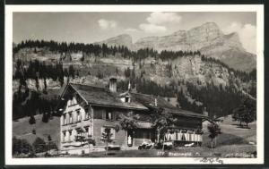 AK Braunwald, Pension mit Heer Blick auf den Eckstock