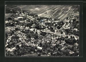 AK Courgenay, Totalansicht, Luftaufnahme