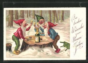 AK Zwerge stossen mit Sekt auf das neue Jahr an