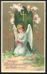 AK Engel kniet betend unter dem Kreuz, Glückwunsch zur Konfirmation